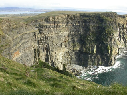 Ireland_cliffs_of_moher2